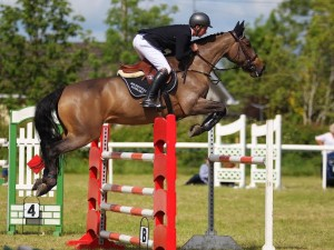 alexander butler and vimminka take there second gp win in 2 days at ballivor horse show 14/6/15 photo by Laurence dunne Jumpinaction.net photo by Laurence dunne Jumpinaction.net