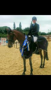 joanna curran grand prix winner at abbottstown 120715